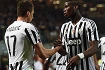 Dva hrdinové Juventusu: Mario Mandžukič a Paul Pogba