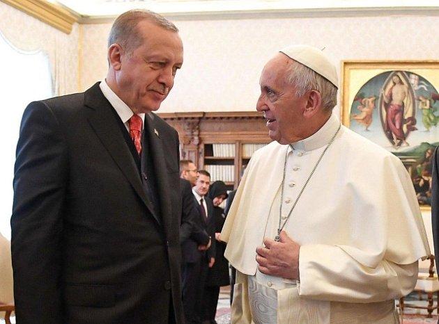 Papež František a turecký prezident Recep Tayip Erdogan