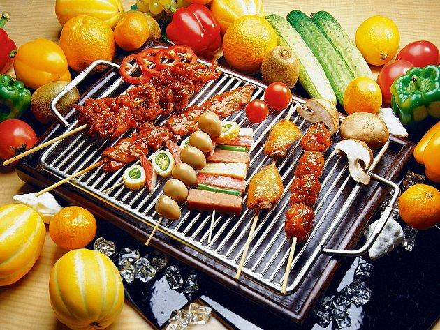Výběr kvalitních potravin je základním předpokladem úspěchu nejenom při grilování. Důležité je i správné skladování výrobků a jejich úprava.