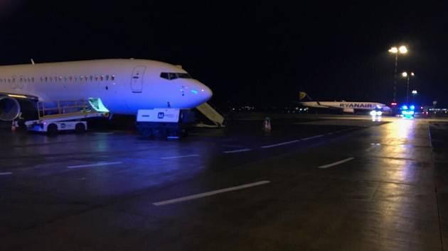 Dobrodružné přistání letadla v Praze