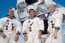 Posádka Apolla 12 - zleva Conrad, Gordon a Bean