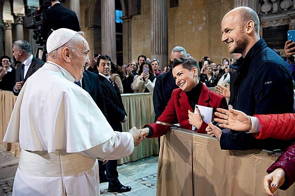 Z podání ruky s papežem na Aventinu je dojatá ještě dnes.