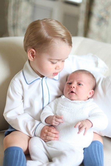Princ George s princeznou Charlotte