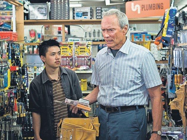 AMERICKÁ IKONA. Clint Eastwood ve svých posledních filmech vždy řeší otázky morálky – a vždy po svém.