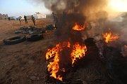 Protesty Palestinců na hranici Gazy a Izraele.
