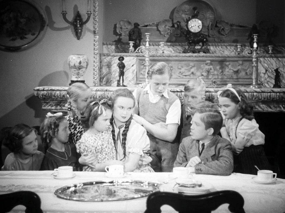 Madla s dětmi (Jiřina Bohdalová, Antonín Jedlička a další)
