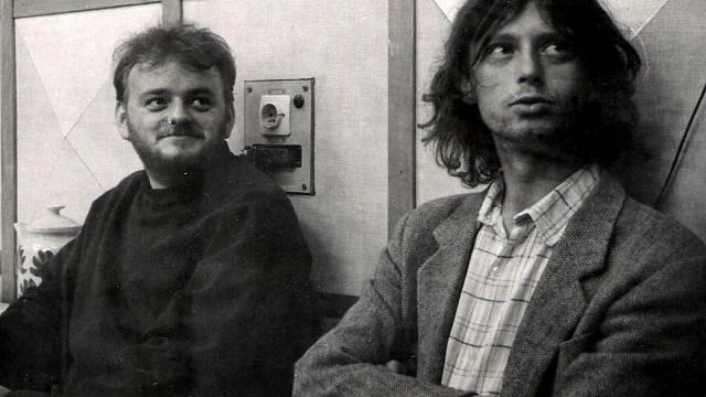 Zleva Marek Stoniš a Ivo Mludek v redakci deníku Region v roce 1991