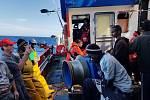 Migranty z lodi Santa Madre de Loreto přijala Malta