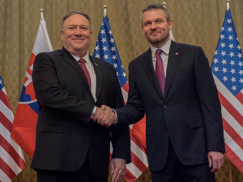 Americký ministr zahraničí Mike Pompeo a slovenský premiér Peter Pellegrini