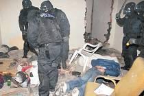 Bezdomovci  byli nalezeni v poledním patře jednoho z domů v bloku 31.