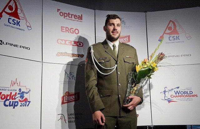 Nejlepším sportovcem Českého svazu kanoistů za rok 2016 byl vyhlášen kajakář Josef Dostál.