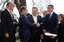 Mezinárodní konference v Palermu na Sicílii o Libyi. Andrej Babiš a ruský premiér Dmitrij Medvěděv.