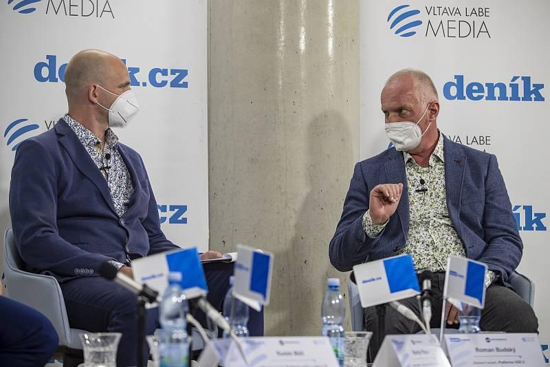 On-line debata Deníku na téma Nebezpečné silnice v Česku. Martin Pleva a Roman Budský.