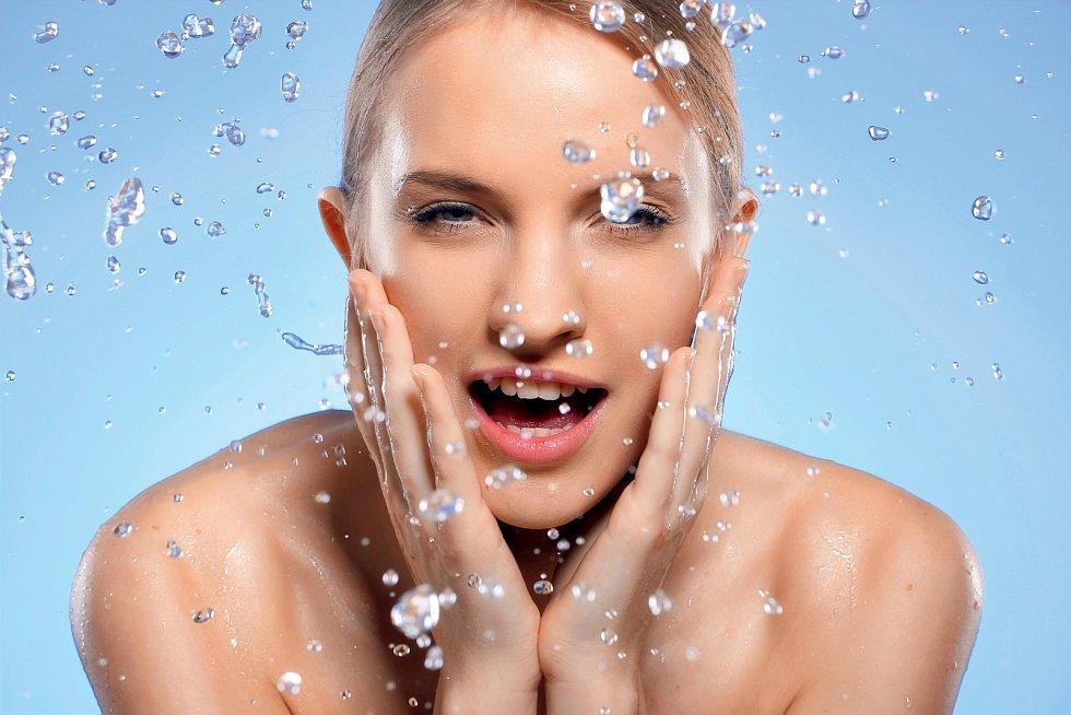 Překvapivě mnoho lidí si různé části svého těla myje příliš mnoho nebo naopak málo, případně způsobem, který může napáchat více škod než užitku.
