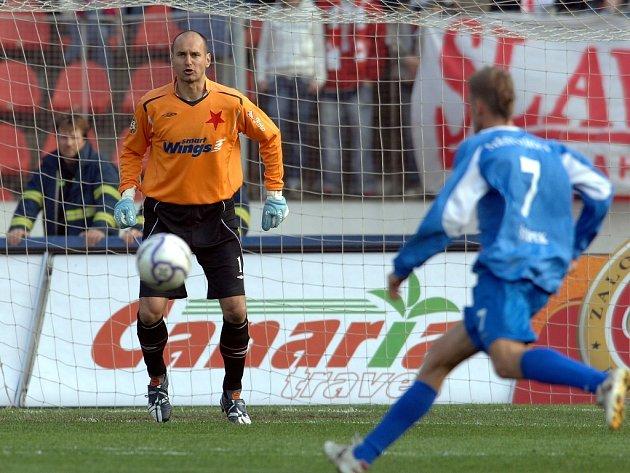 Michal Vorel (vlevo) při zápase proti Mostu.