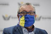 Prezident Hospodářské komory Vladimír Dlouhý (na snímku z 9. dubna 2020).