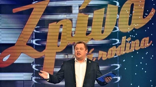 První česká talentová reality show, pořad Zpívá celá rodina, zažije návrat na televizní obrazovku.