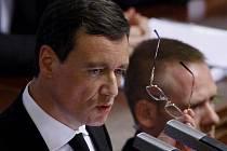 David Rath při jednání Sněmovny 5. června v Praze.
