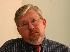 Prorektor Univerzity Karlovy Aleš Gerloch, odborník na ústavní právo.