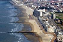 Pláž v belgickém přímořském letovisku Ostende.