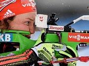 Němky Martina Glagowová, Andrea Henkelová, Magdalena Neunerová a Kati Wilhelmová se radují ze zlatých medailí.