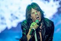 Zpěvák Joey Tempest ze skupiny Europe na 27. ročníku festivalu Benátská!, který pokračoval 26. července 2019 v Liberci
