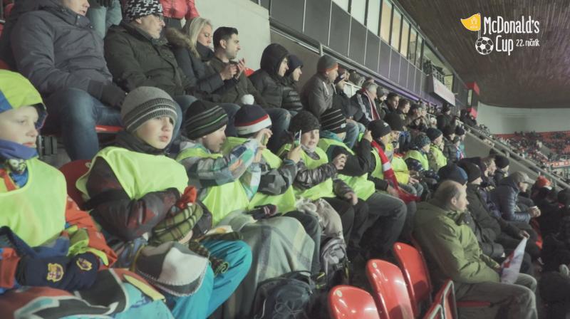 Vítězové soutěže Srdcem spolu vyrazili na zápas české reprezentace proti Slovensku