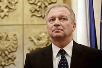 Ministr obrany Vlastimil Picek