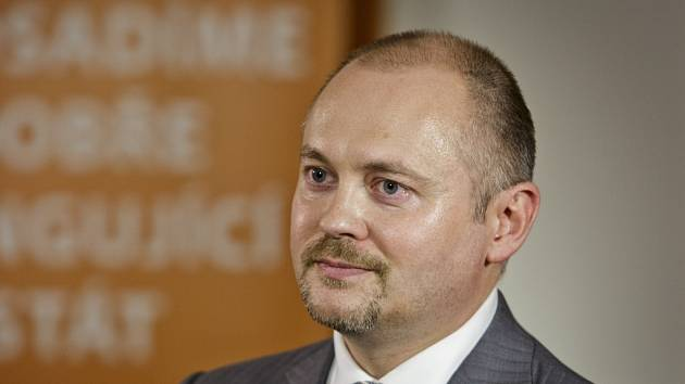 Volební štáb ČSSD 26. října v Praze. Michal Hašek