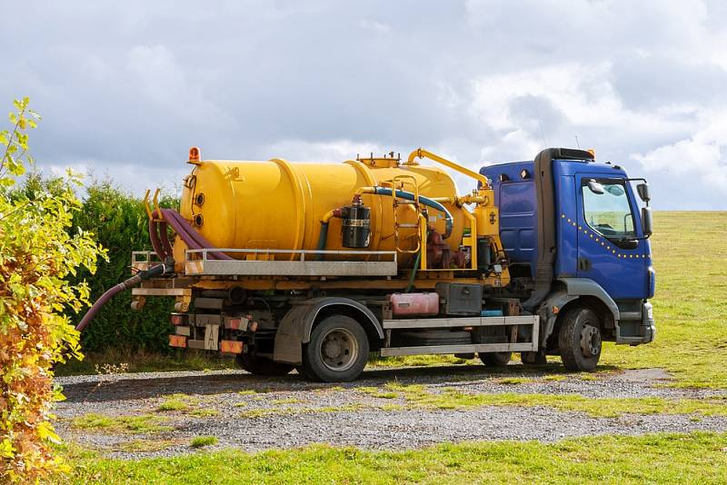 Způsob likvidace domovních splašků musí řešit spousta majitelů chat achalup, které nejsou napojené na obecní kanalizaci.