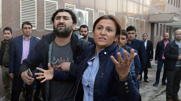 Manželka právníka Turkan Elci.