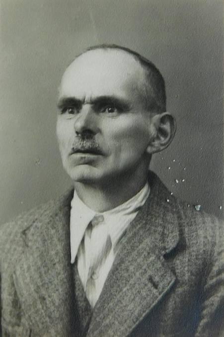 Vladimírův otec Josef Bernát