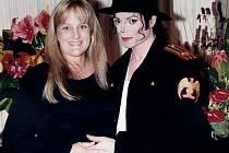 Michael Jackson se svou druhou ženou, zdravotní sestrou Debbie Roweovou