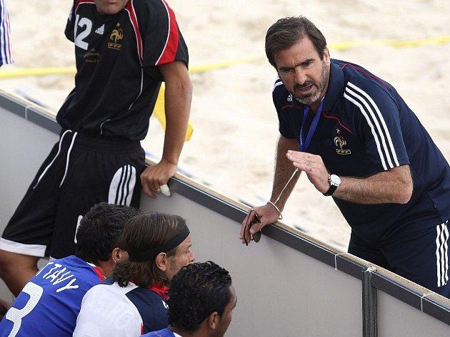Ilustrační foto. Eric Cantona už deset let trénuje francouzskou reprezentaci plážového fotbalu.