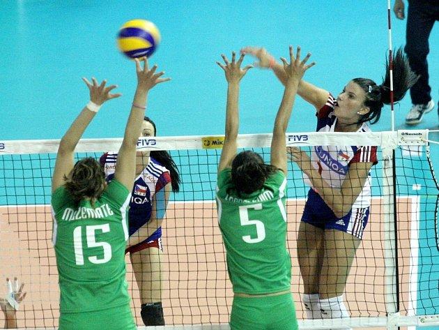 České volejbalistky v zápase proti Alžírsku