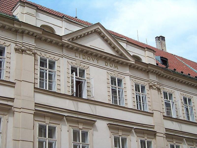 Lidový dům v Hybernské ulici. Sídlo ČSSD