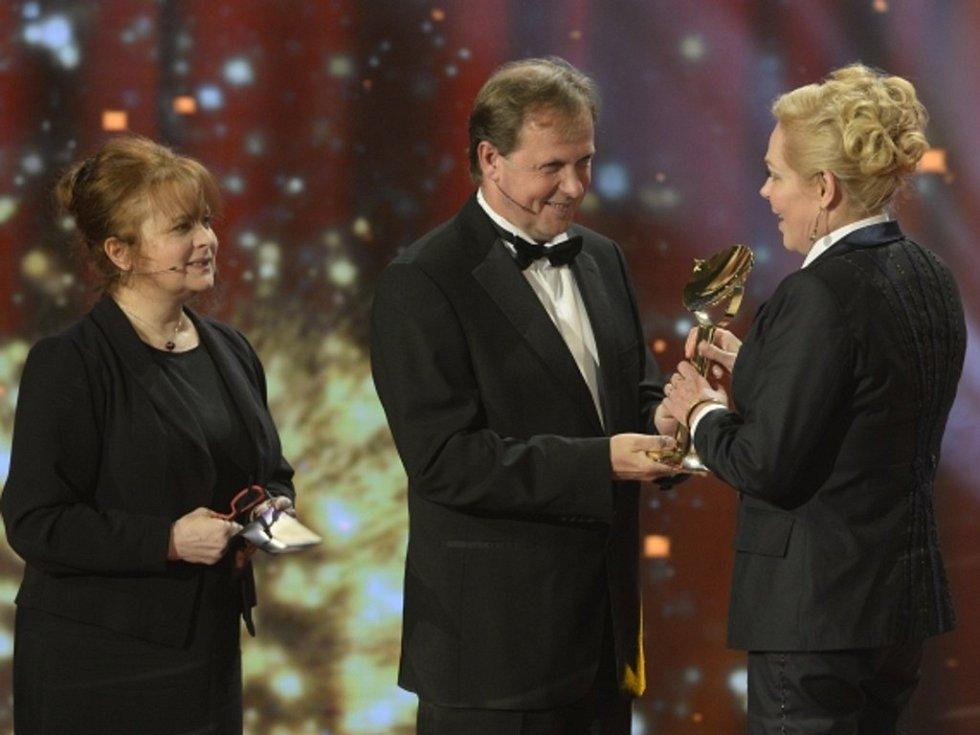 Největší pocty se při sobotním třiadvacátém udělování cen TýTý 2013 dostalo Dagmar Havlové.