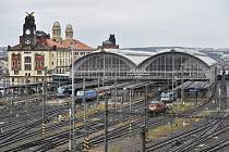 Pohled na Hlavní nádraží v Praze
