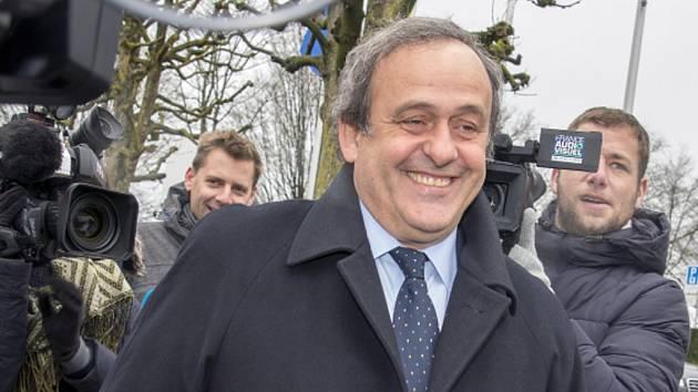 Michael Platini vypovídal v případu svého odvolání proti osmiletému zákazu působení ve fotbale.