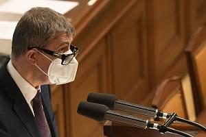 Premiér Andrej Babiš při vystoupení na schůzi Sněmovny