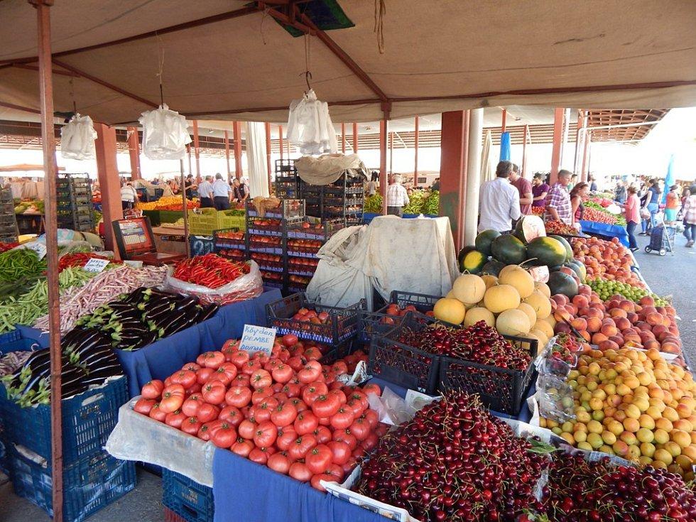 Alanya: trh s čerstvým ovocem