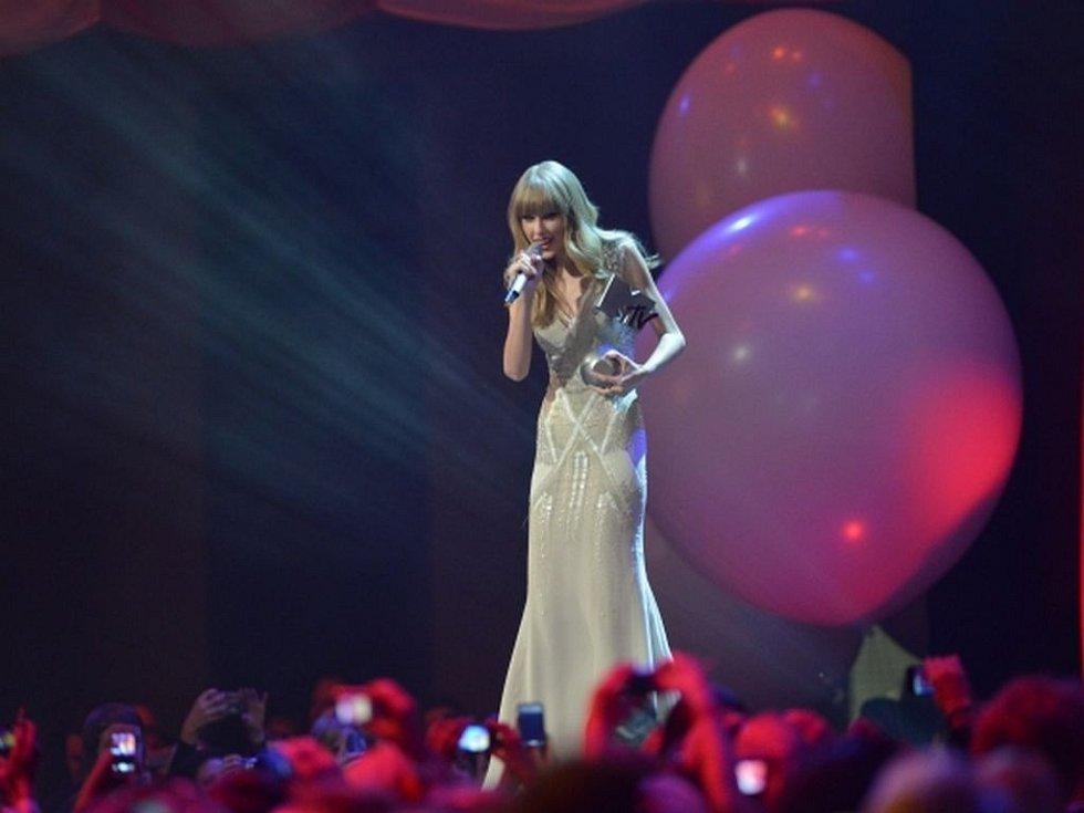 Zpěvačka Taylor Swift na cenách MTV bodovala hned třikrát.