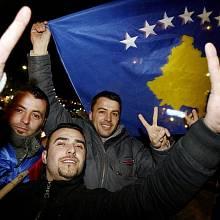 V kosovské metropoli Prištině byla 17. února 2008 vyhlášena nezávislost provincie na Srbsku. Od té doby samostatné Kosovo uznalo asi 50 zemí.