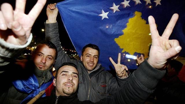 V kosovské metropoli Prištině byla 17. února 2008 vyhlášena nezávislost provincie na Srbsku. Od té doby samostatné Kosovo uznala asi stovka zemí.