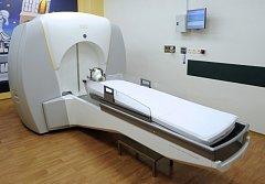Leksellův gama nůž v pražské Nemocnici Na Homolce