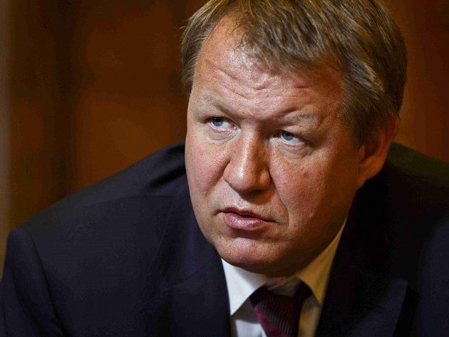 Ministr zdravotnictví Svatopluk Němeček.