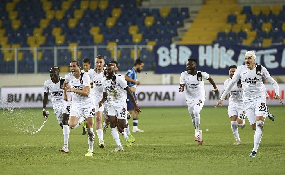 Fotbalisté celku Fatih Karagümrük právě postoupili do nejvyšší turecké soutěže.