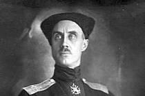 Pjotr Nikolajevič Wrangel ve své černé kozácké uniformě, která mu vynesla přezdívku Černý baron
