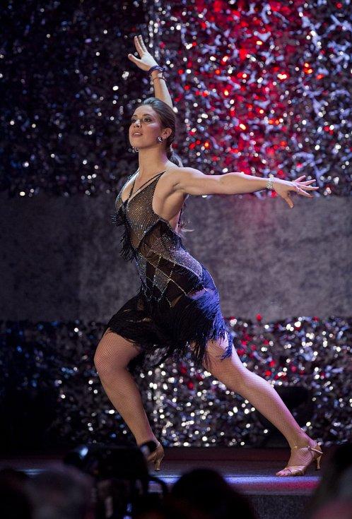 Snowboardistka Eva Samková, která v anketě Sportovec roku skončila druhá, předvedla své taneční umění.