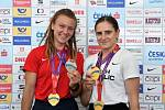 Barbora Malíková a Lada Vondrová s medailemi